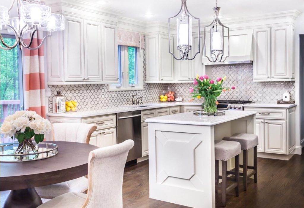 Ice White Shaker Quality Cabinets - ANTIQUE WHITE – Kitchen Cabinets
