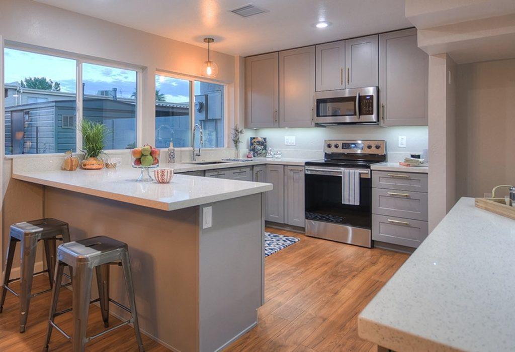 CASTLE GREY SHAKER - Kitchen Cabinets