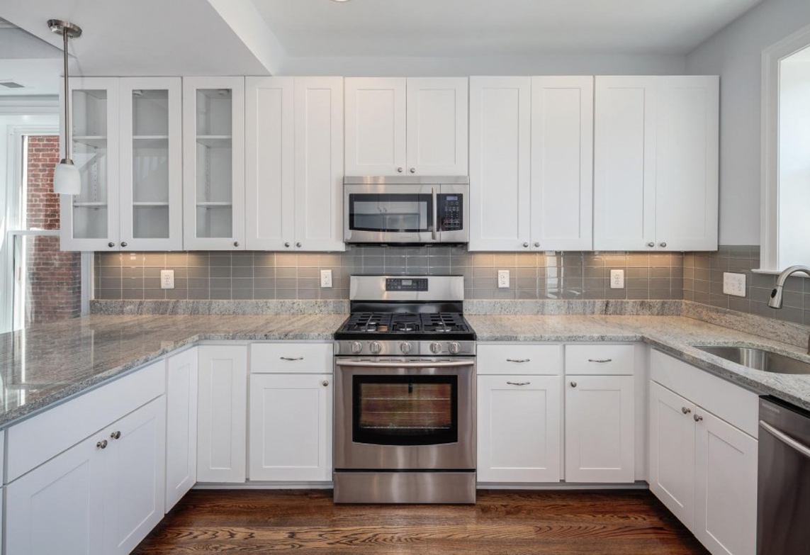 Viscount White Kitchen Cabinets